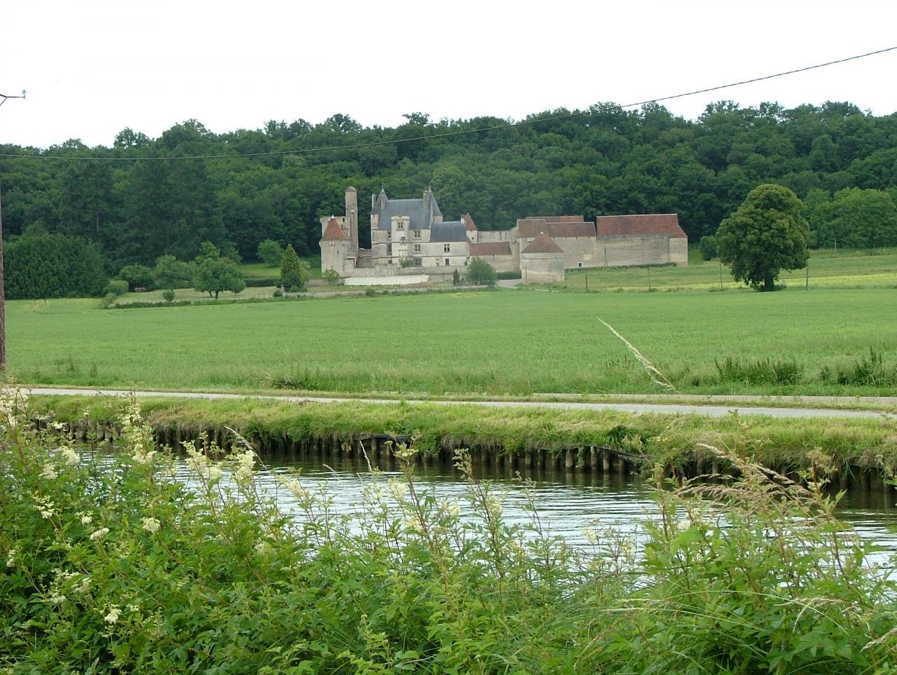 Le Château de Faulin à Lichères sur Yonne
